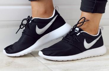 Outlet Store - Sport - Cipők - Kiegészítők - Outlet - Nike - Adidas ... 11d4a6a1e4